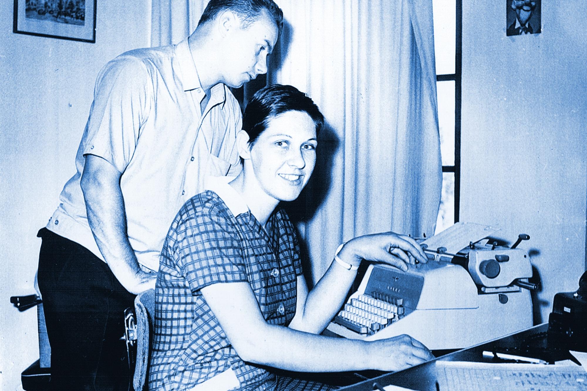 Fleissige Schreibmaschine -