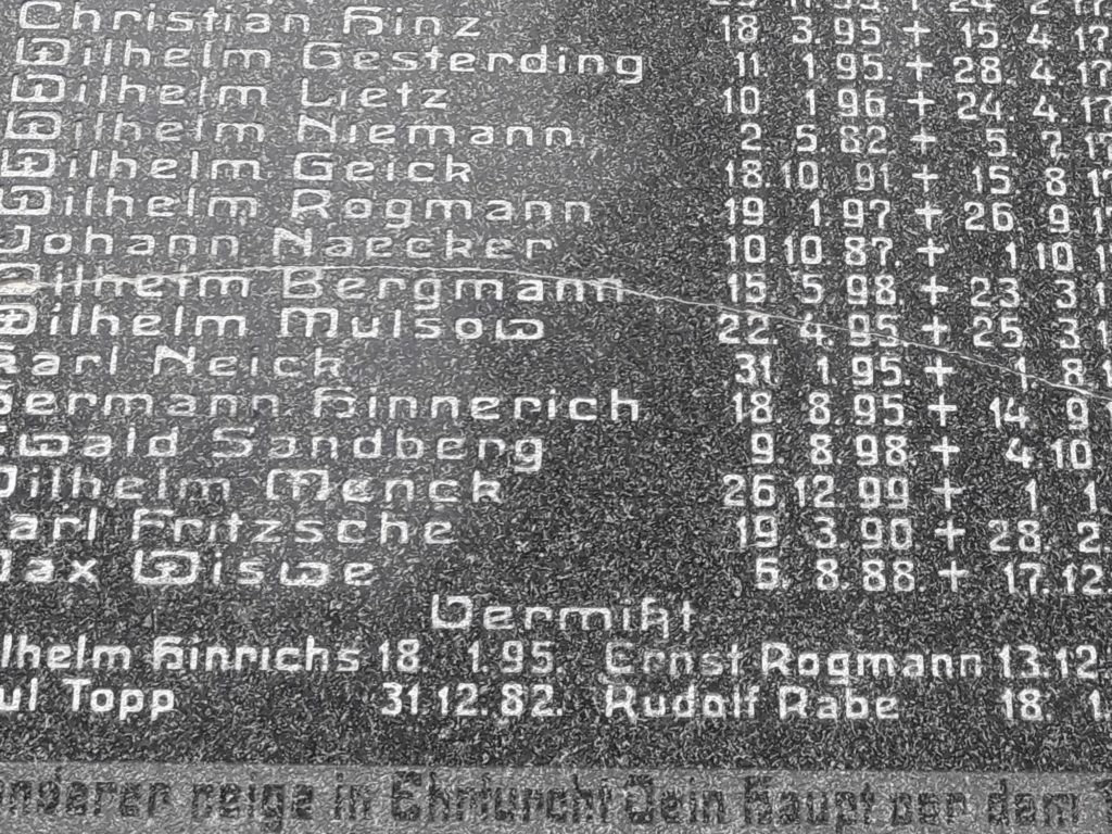 Gefallenendenkmal Ahnenforschung Spornitz Parchim 10 1024x768 - Spornitz, Mecklenburg-Vorpommern, Gefallene, 2. Weltkrieg, 1919, 1918, 1917, 1916, 1915, 1914, 1. Weltkrieg