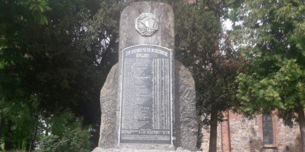 spornitz gefallene kriegerdenkmal erster weltkrieg 600x300 - Spornitz, Mecklenburg-Vorpommern, Gefallene, 2. Weltkrieg, 1919, 1918, 1917, 1916, 1915, 1914, 1. Weltkrieg